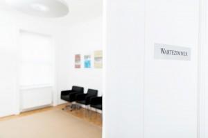 Wartezimmer von Dr. Rainer Kunstfeld, Hautarzt 1180 Wien
