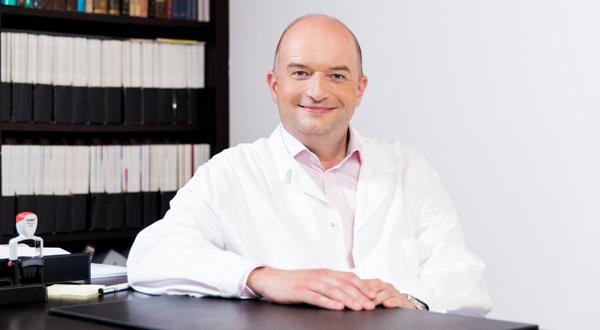 Dermatologe / Hautarzt Univ.-Prof. Dr. Rainer Kunstfeld